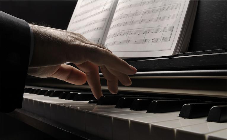 钢琴演奏乐谱