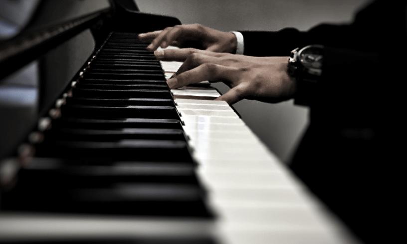 弹奏钢琴速度