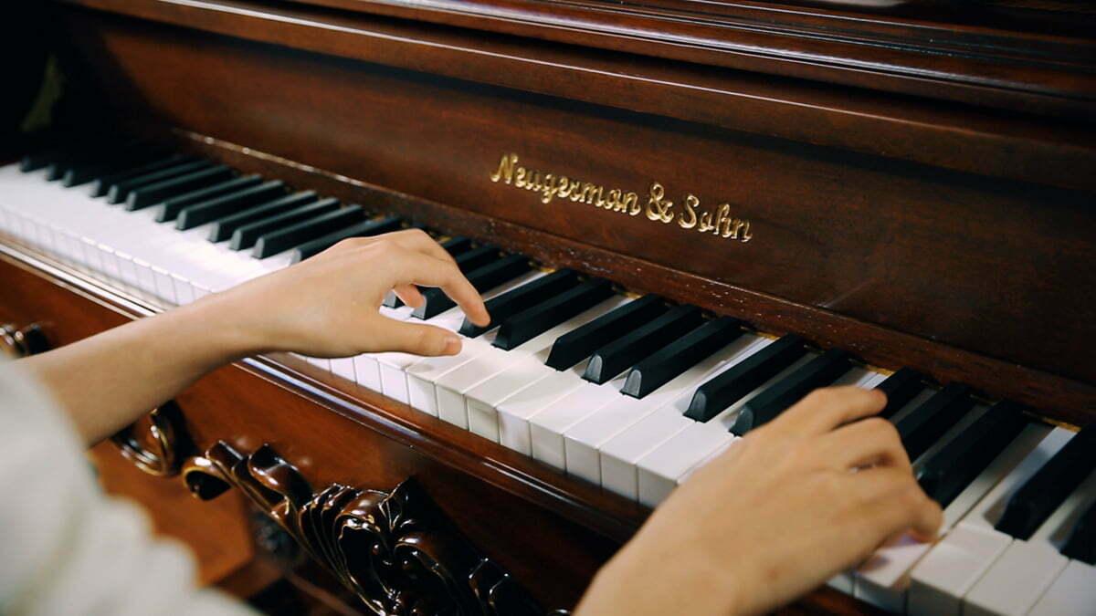 """钢琴演奏时的""""五指顺序法"""""""