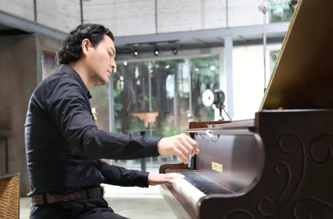 成人钢琴学习