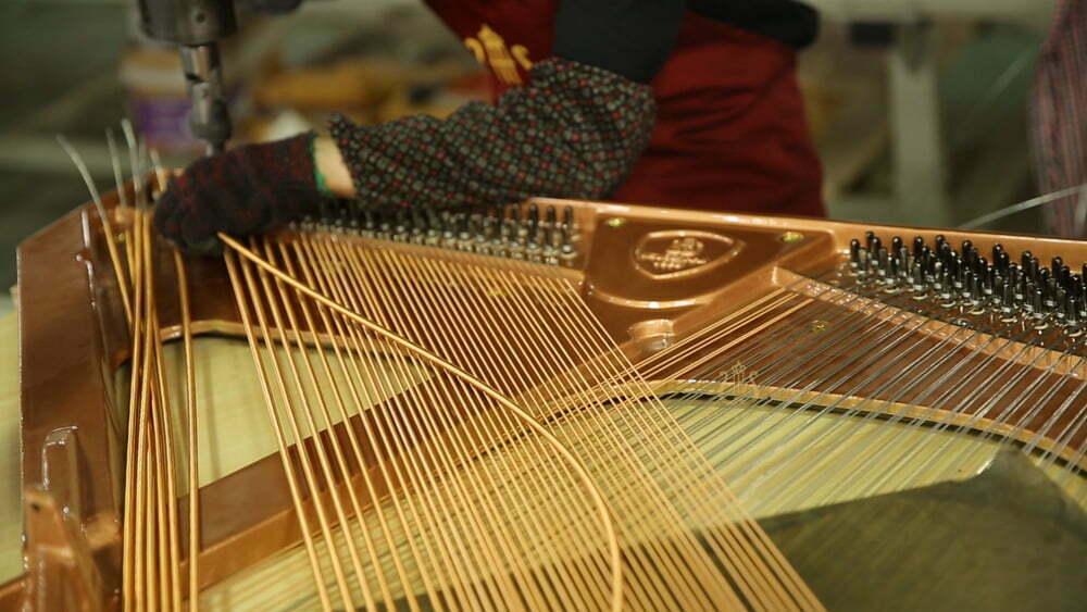 钢琴制造过程