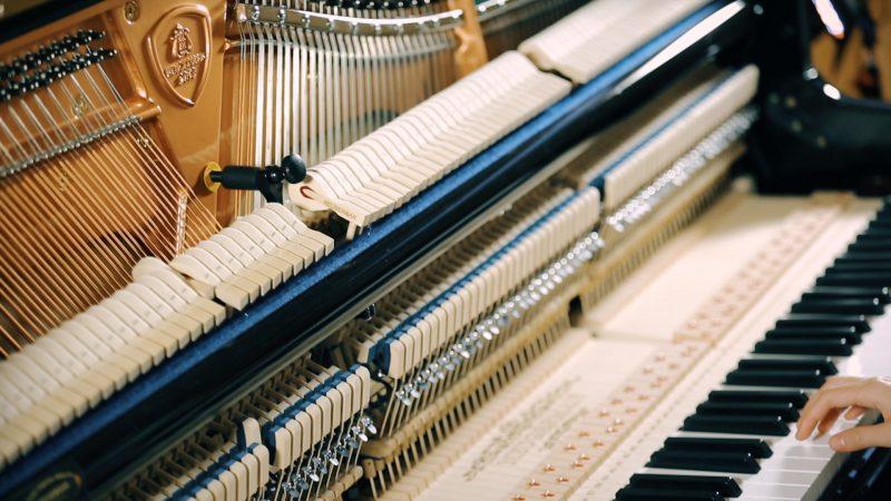 立式钢琴击弦机
