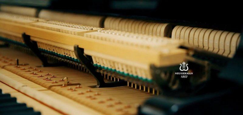 三角钢琴击弦器