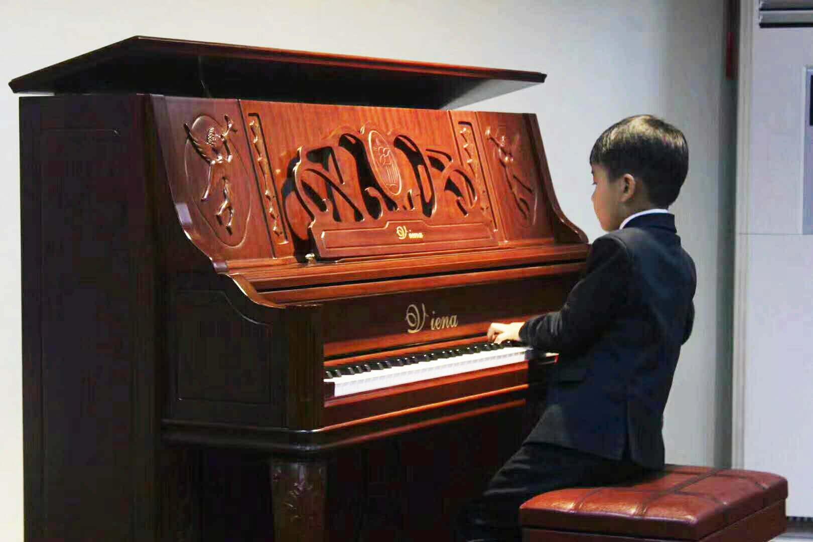 钢琴练习中怎么弹好和弦?